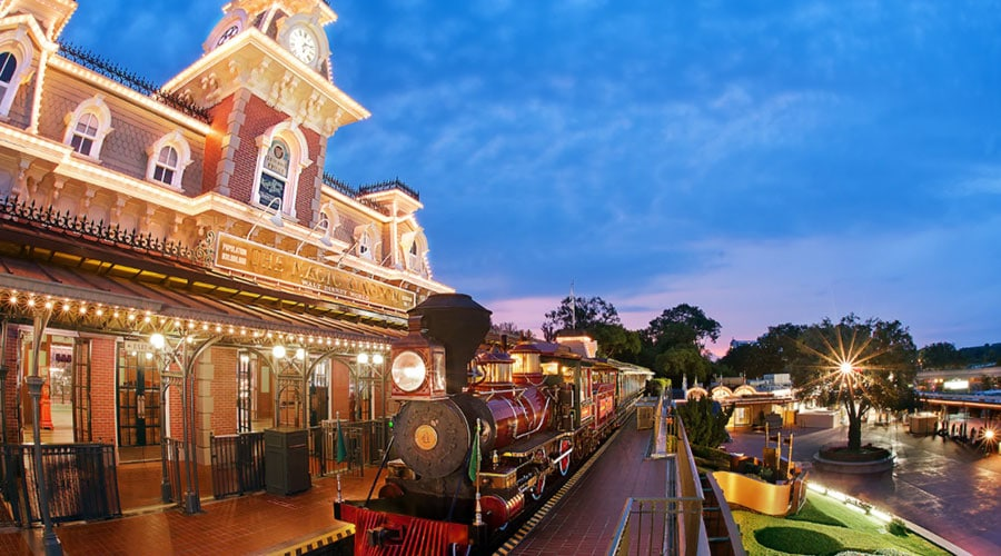 Walt Disney World Railroad - Main Street, U.S.A